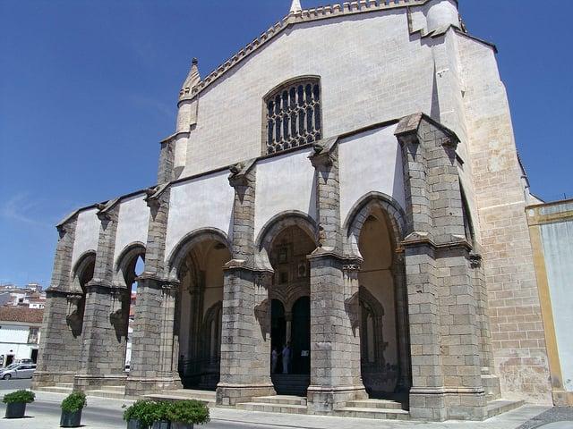 Igreja de São Francisco en Évora