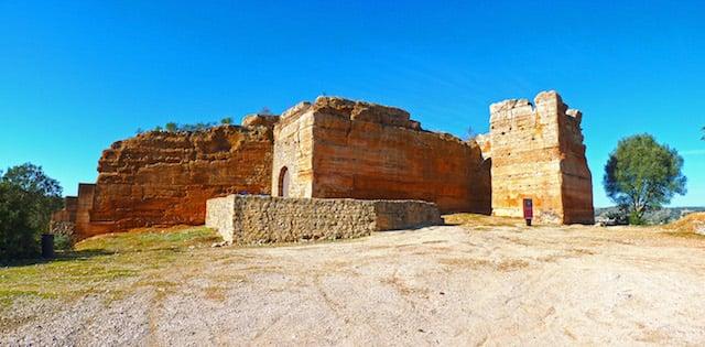Castelo de Paderne (Castillo de Paderne)