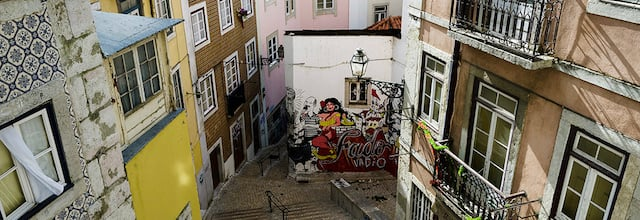 Ruas de Alfama (Calles de Alfama)