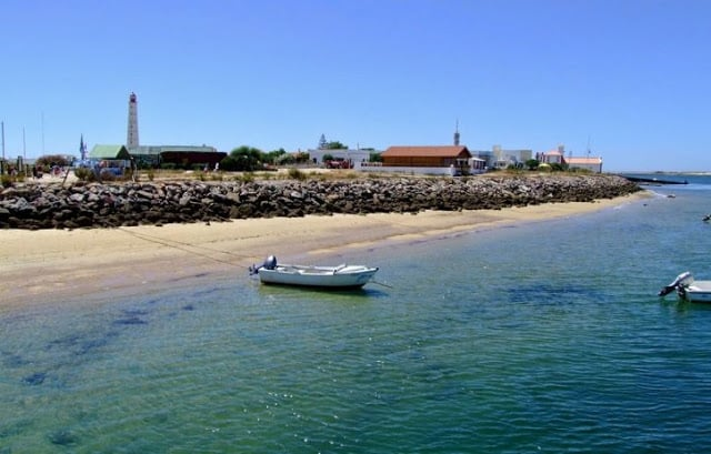 Praia Culatra en la Isla da Culatra en Faro