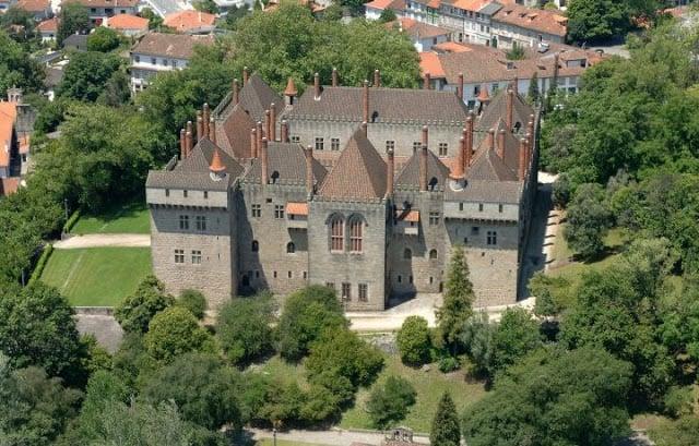 Vista aérea del Paço dos Duques de Braganza