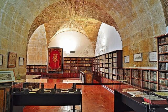 Información de la Biblioteca Joanina de Coimbra