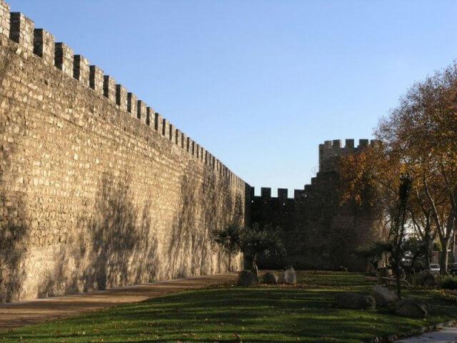 Murallas de Évora en Évora