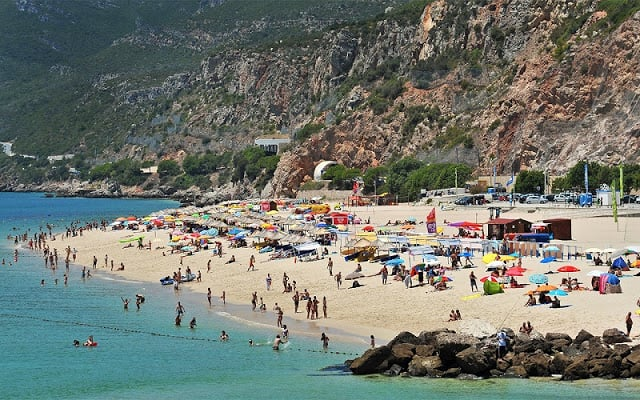 Praia da Figueirinha en Portugal