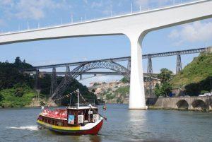 Paseo en barco por el Rio Duero