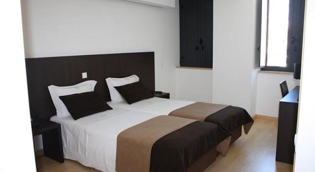 Hotel Vitória en Coimbra - habitación